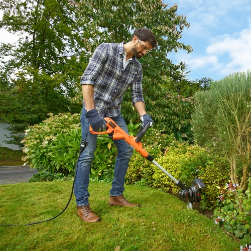 Black and Decker - Cortabordes POWERCOMMAND 550W 30cm - BESTE630