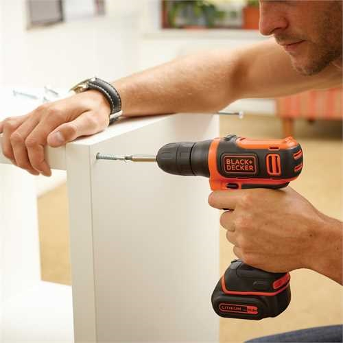 Black and Decker - Taladro atornillador ultra compacto 108V - BDCD12