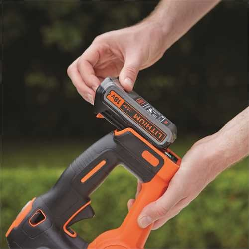 Black and Decker - Cortasetos POWERCOMMAND 18V 2Ah 45cm - GTC18452PC