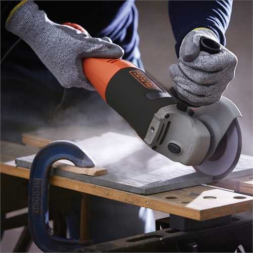 Black and Decker - 1200W 125mm Angle Grinder - KG1202