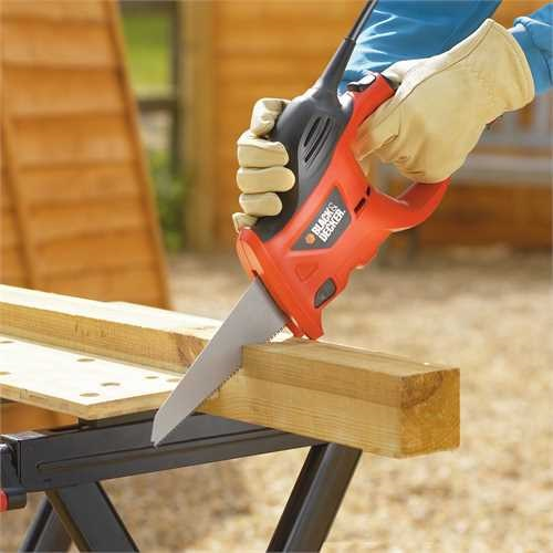 Black and Decker - Sierra de mano elctrica 400W - KS880EC