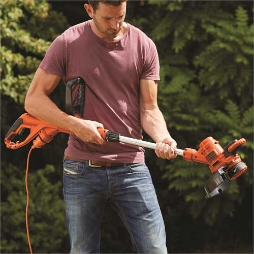 Black and Decker - Cortabordes 550W 30cm - ST5530